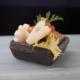 Raccolta di gamberi calameri e uova di salmone all'olio e succo di limone | Cassibba ricette
